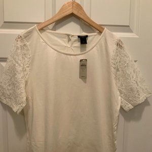 NWT Ann Taylor Ivory Tee Shirt Lace Sleeve Sz L